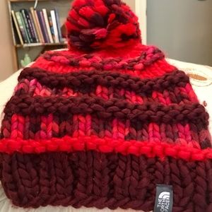 Adorable North Face Toboggan With Pompom